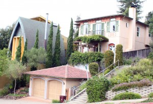 Multiple architectural styles can be found throughout the Oakland Hills.